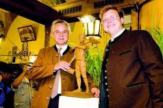 Julius Figurine Returns image